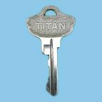 合鍵,TITAN